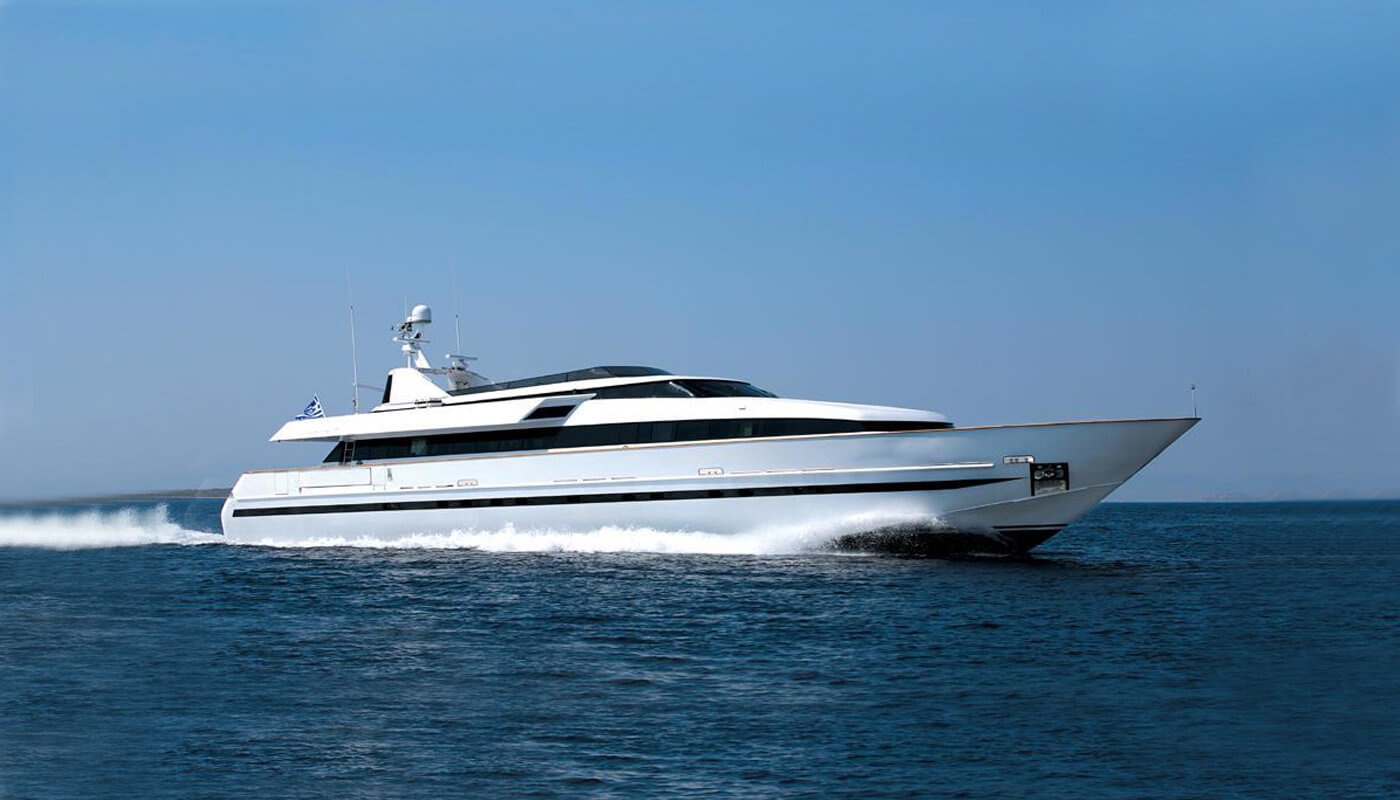 Obsesion| Baglietto 36.70m | 1989/2012 | 10 guests | 5 cabins | 7 crewyacht chartering