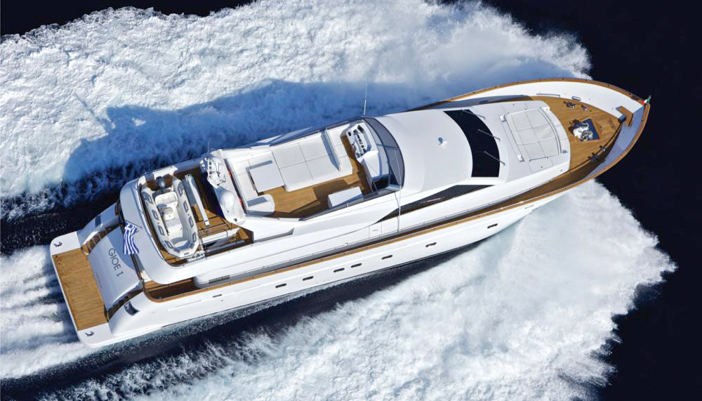 Gioe I | Tecnomar 100 30.48m | 2009 | 12 guests | 5 cabins | 5 crew