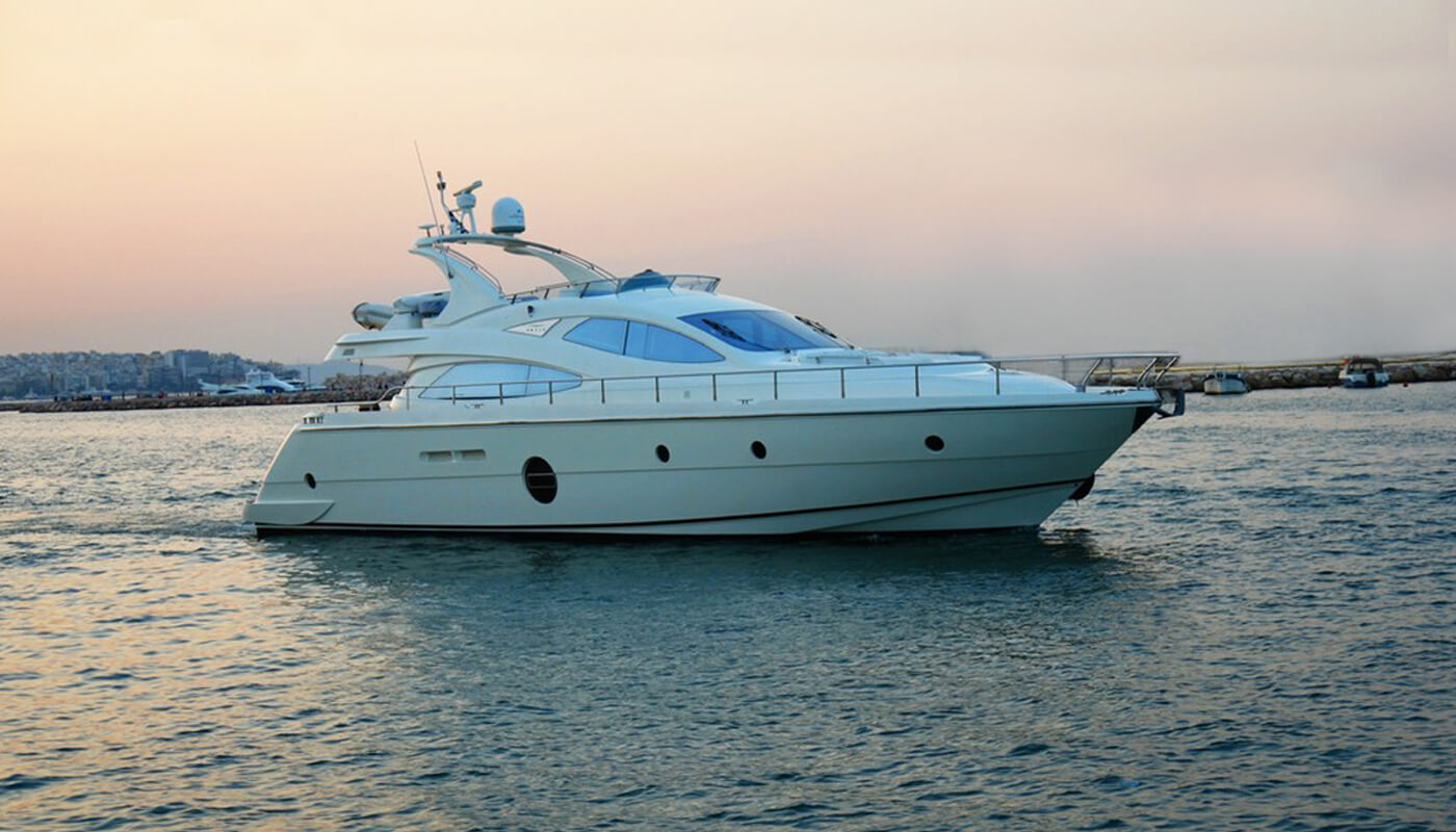 George V | Aicon 64 20m | 2008 | 8 guests | 4 cabins | 2 crew