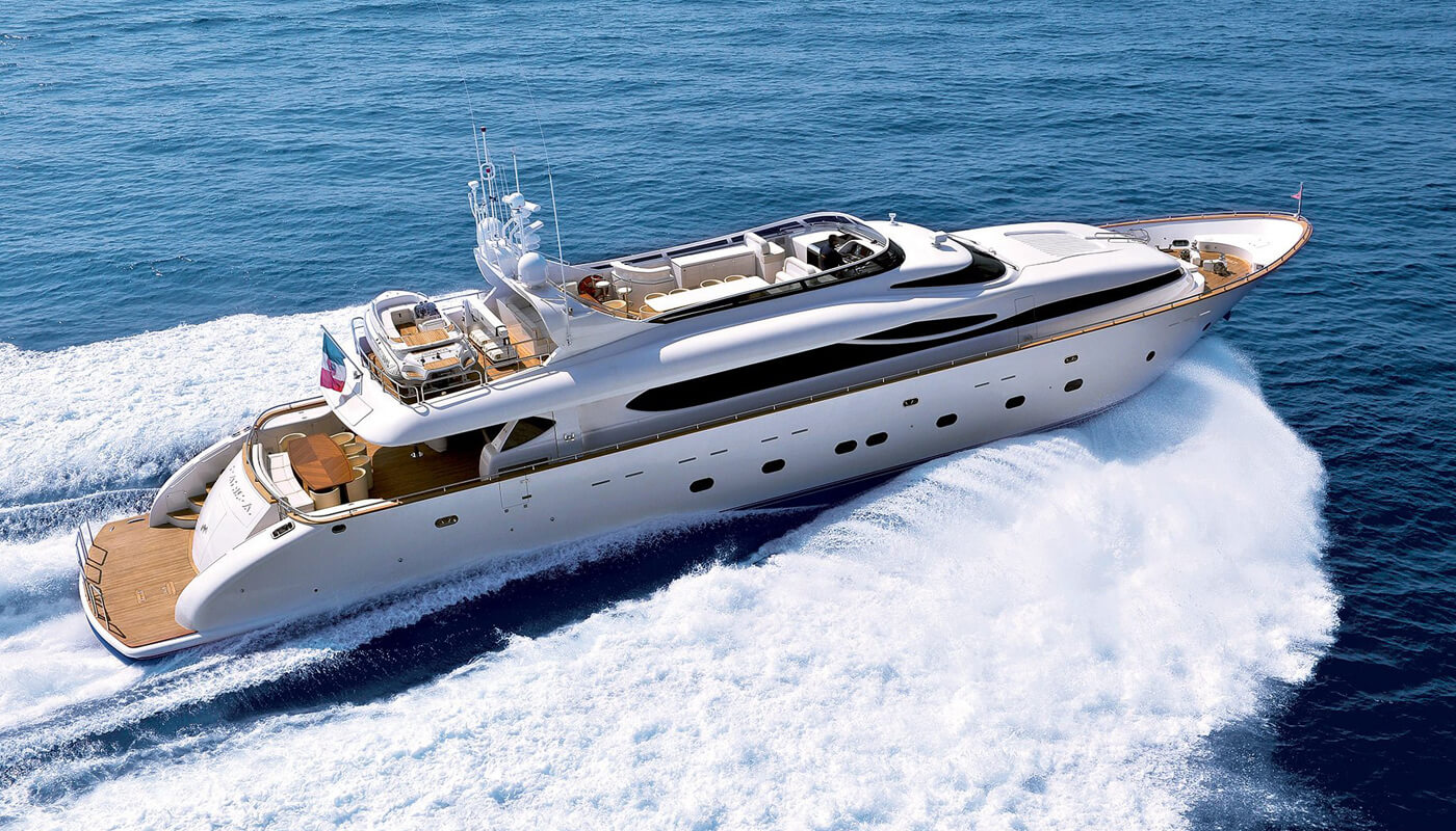 Paris A | Maiora 35m| 2009 | 10 guests | 5 cabins