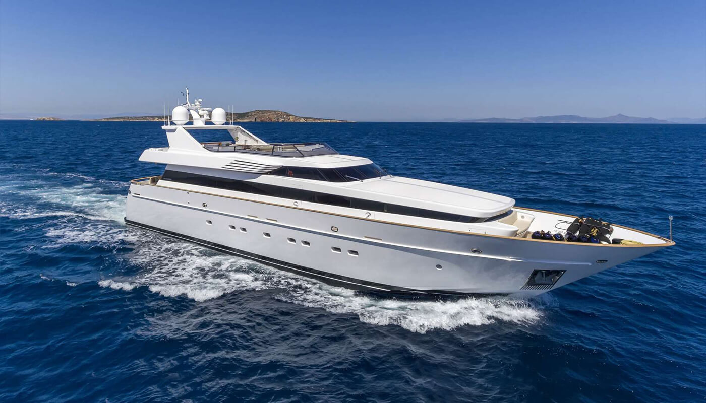 Sanjana | Notika 32.61m| 2004 / 2012 | 10 guests | 4 cabins |5 crew