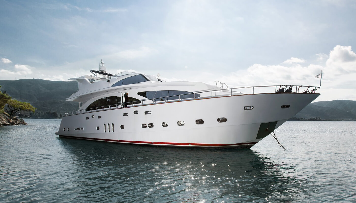 Nitta V | Elegan 28.40m | 2007/20012 | 10 guests | 5 cabins