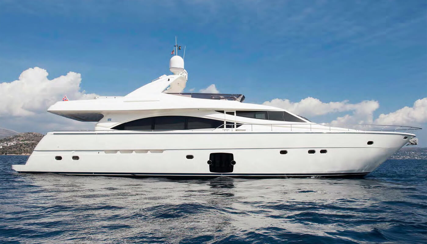 Julie M | Ferretti 25.30m | 2008 | 8 guests | 4 cabins