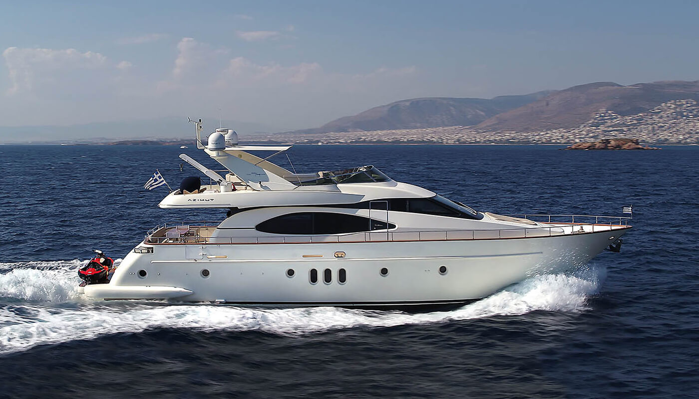 Iris | Azimut 22.89m | 2004 / 2015 | 8 guests | 4 cabins