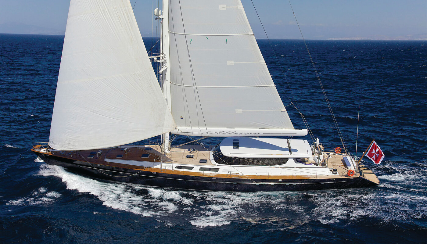 Allure |Sterling Yachts 40.53m | 1995 | 10 guests | 4 cabins