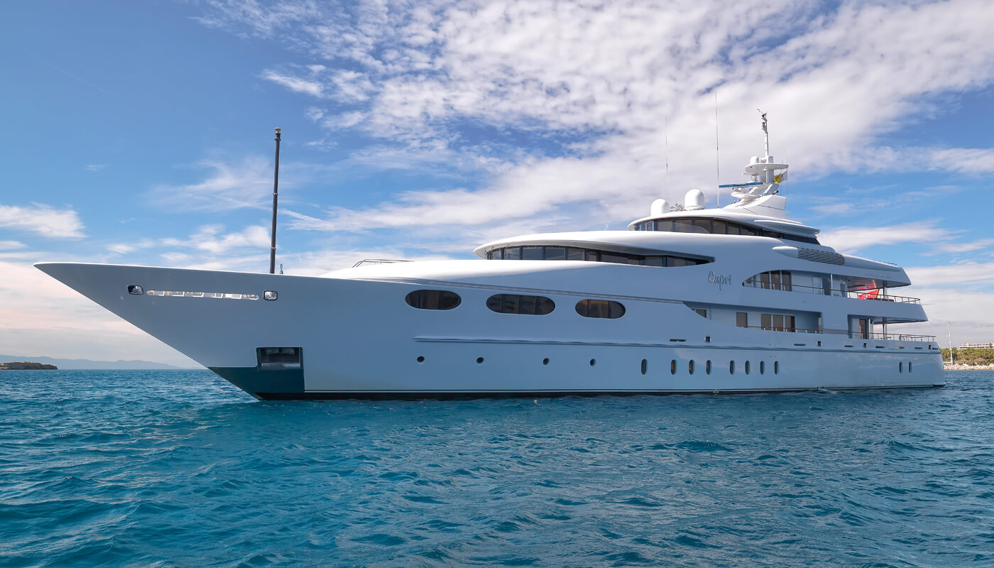 Capri i |Lurssen 59m| 2003 | 12 guests | 6 cabins | 15 crewyacht chartering